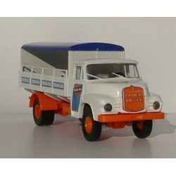 Mes véhicules routiers en H0 - Page 2 Brekina-camion-saviem-marquage-orangina-sai-8236-ho