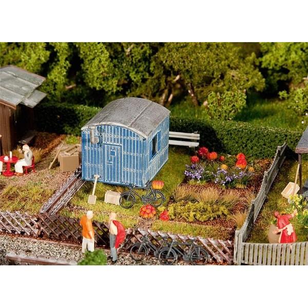 Faller jardin d 39 ouvrier avec roulotte 180490 ho for Jardin ouvrier