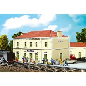 Maquette de gare et environ - HO