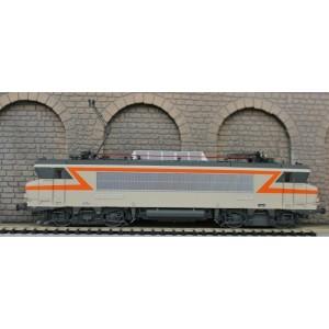 loco electrique nez cassé BB 7200 - HO 1/87