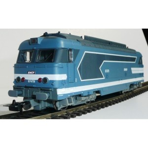 locomotiva diesel BB67400  SNCF - HO