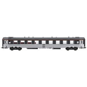 DEV steel passenger car - HO